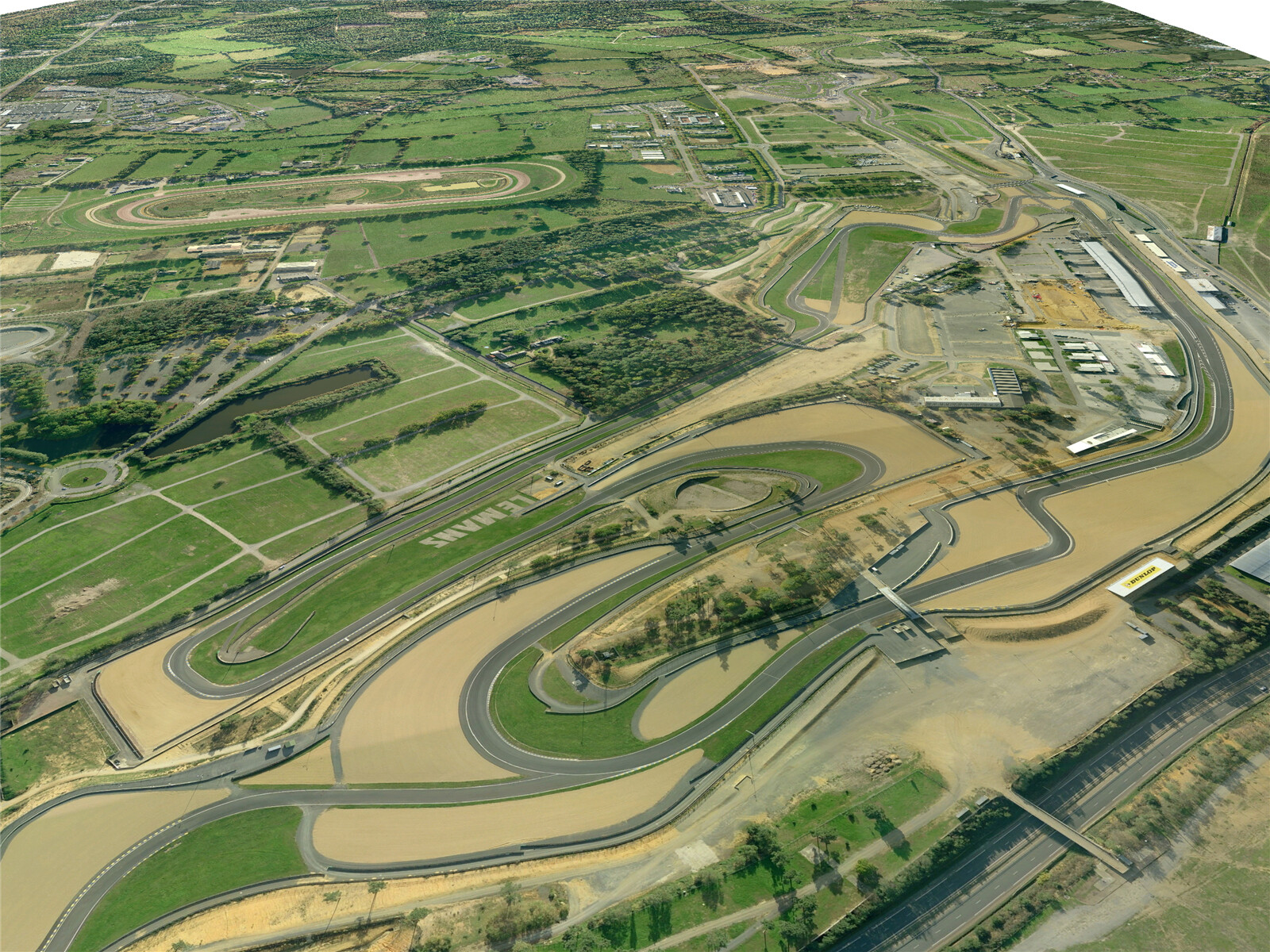 Le Mans Racing Circuit